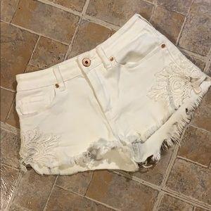Bullhead Denim high rise jean shorts size junior 1
